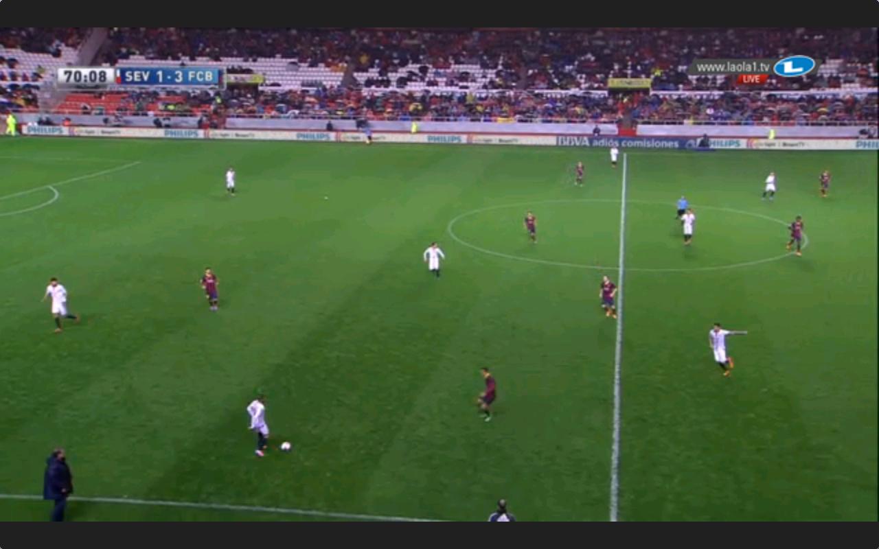 Hier sehen wir Barcelonas 4-1-4-1.