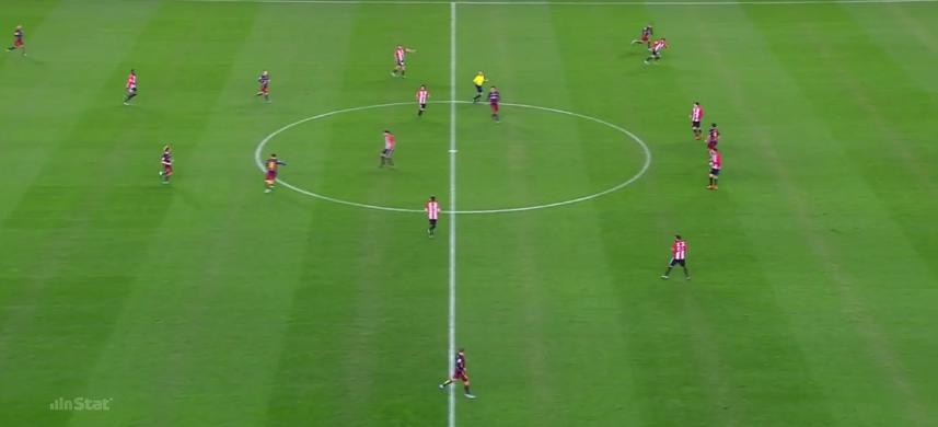 Messis Diagonalball führt zu Neymar im Laufduell. Keine schlechte Ausgangssituation für die Katalanen.